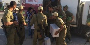 Meir Panim Delivers Hot Food, Necessary Supplies to Soldiers on the Field