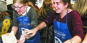 Aish Detroit Gets 800 People Baking Challah For The Global Shabbat Project
