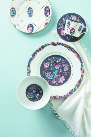 Porcelain Collection in Mabelle