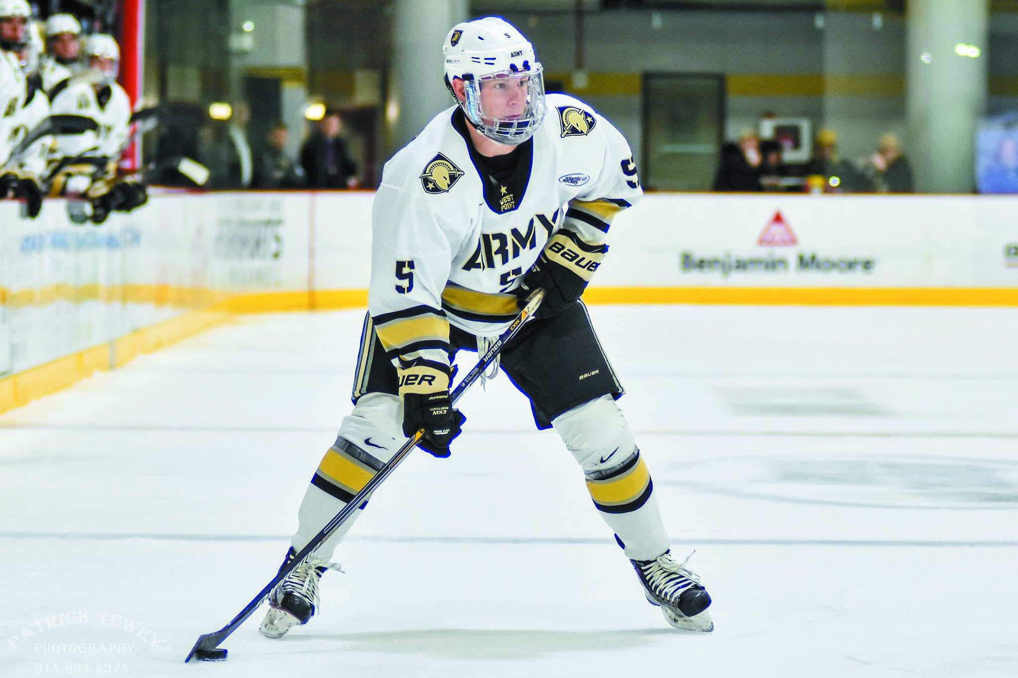 Army hockey player Joe Shecter from Farmington Hills has played in 15 games this season.