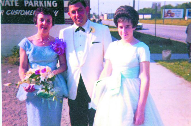 Allee Willis and her parents, Rose and Nate Willis, at her sister Marlen's wedding.