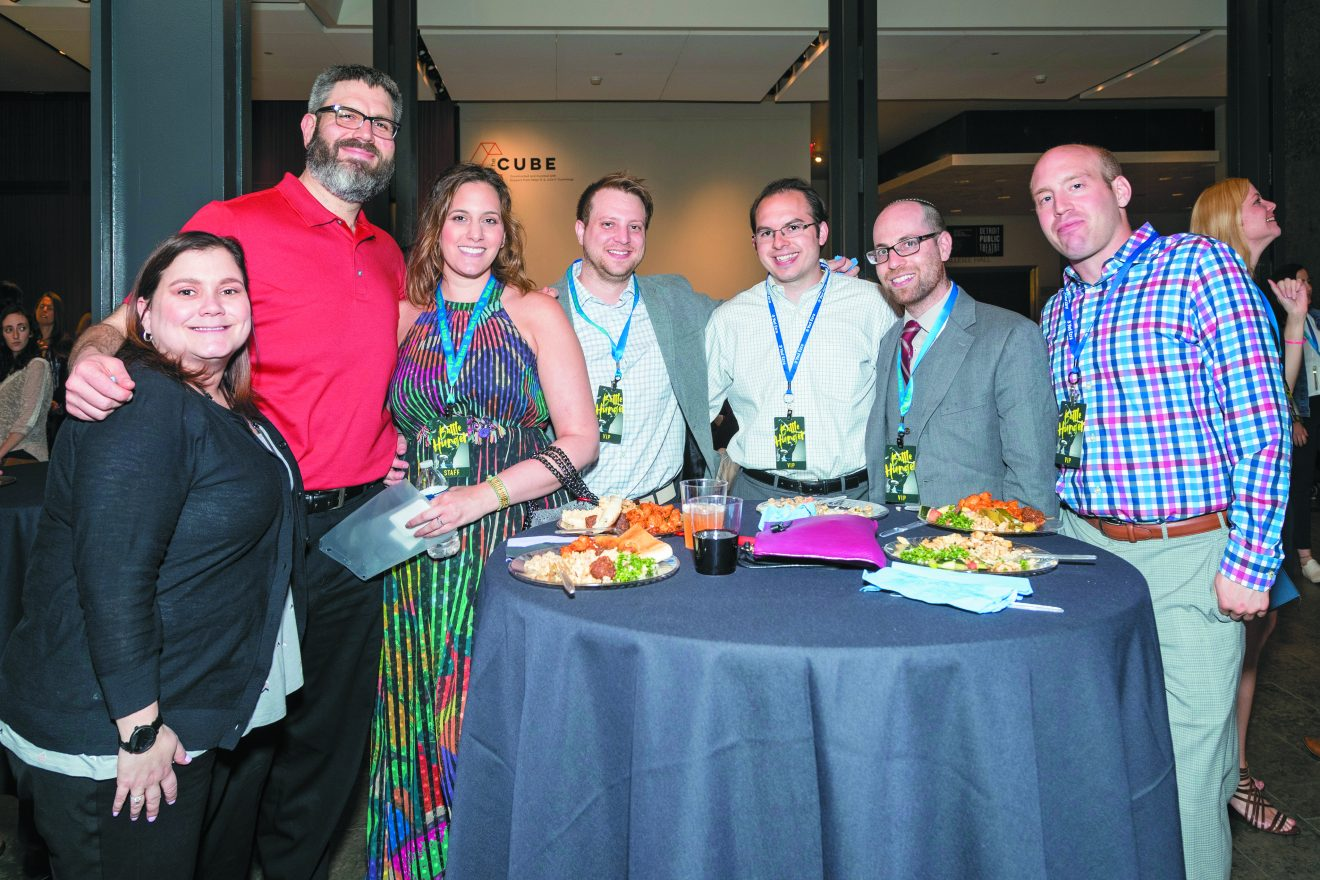 Kelly and Mike Sternberg, Nechama and Jason Lurie, Michael Shapiro, Josh Weinberg and Allen Weiss at the Yad Ezra Battle Hunger Friendraiser event