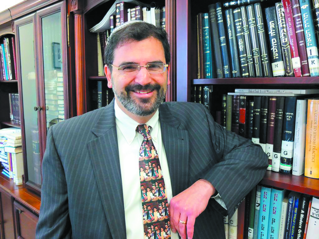 Rabbi Asher Lopatin will lead the new Modern Orthodox Kehillat Etz Chayim started by a group of families in Huntington Woods.