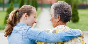 5 Signs An Aging Loved One Needs Help