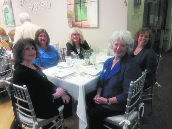 Karen Katz and Robin Pappas, both of West Bloomfield, Cheryl Weiss of Farmington Hills, Leslie Light of West Bloomfield and Karen Propis of Bloomfield Hills at the Friends of Jewish Senior Life pop-up dining event. PHOTOs by Esther Allweiss Ingber