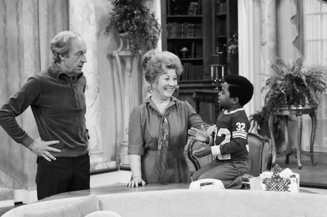 Charlotte Rae - Diff'rent Strokes
