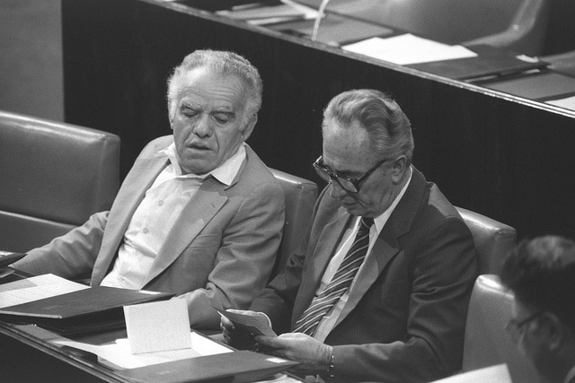 Yitzhak Shamir and Shimon Peres in the Knesset in 1985.