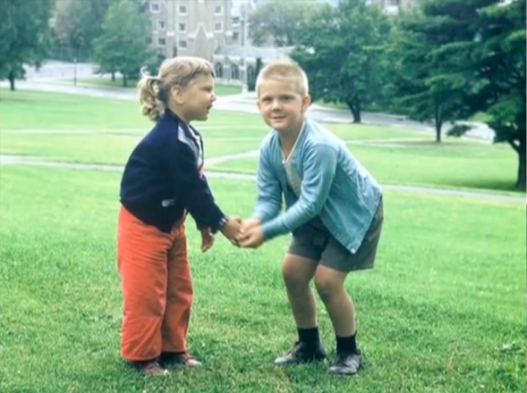 The young Ballmer in Oak Park: With his sister