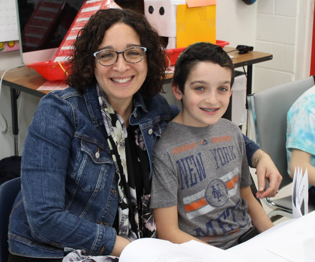 Ali Reingold and her son Jordan participated in the class model seder.