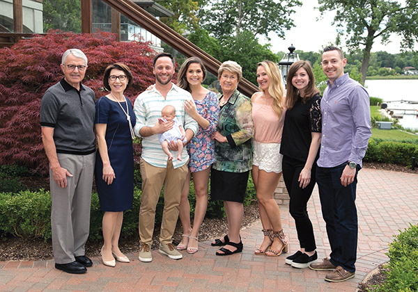 Alex and Cheryl Goldis with their family