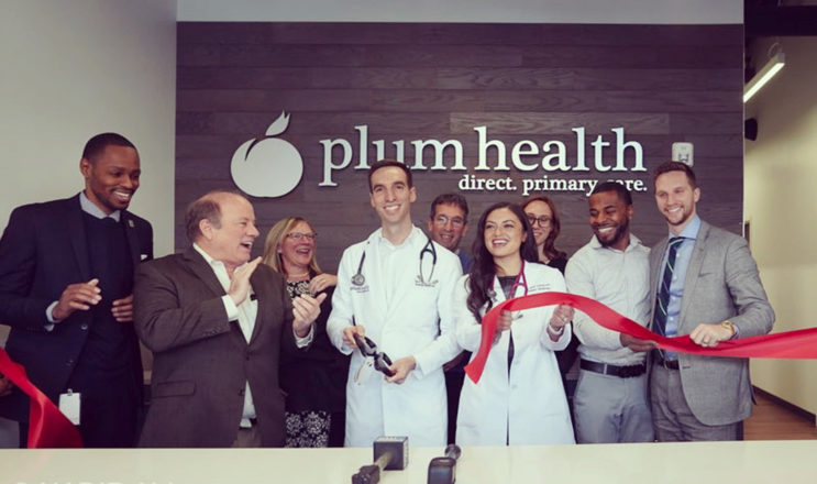 2019 Paul Thomas MD Raquel Orlich DO and Mayor Mike Duggan Cut the Ribbon at Plum Health With Filter
