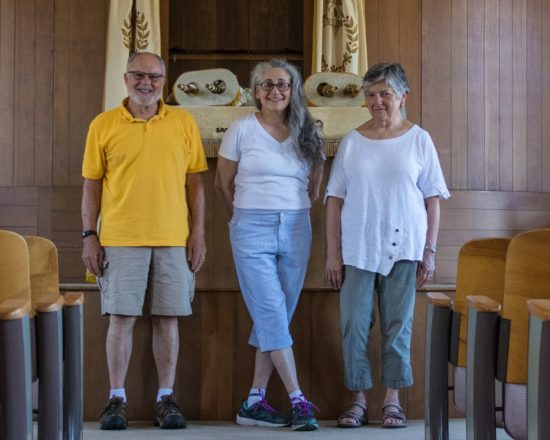 Jim Zacks, congregation president Rachel Solom and Rose Zacks as they prepared to transport the Torahs to a scribe in Illinois.