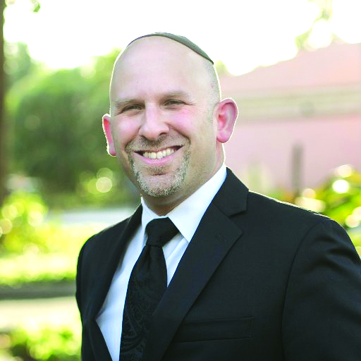 Avi Schreiber will lead small group seders at JSL this Passover.