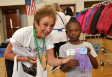 NCJW personal shopper and volunteer Susan Friedman with student Paradyse Brandon prior to the pandemic.