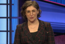 """Mayim Bialik in her """"Jeopardy!"""" debut, May 31, 2021."""