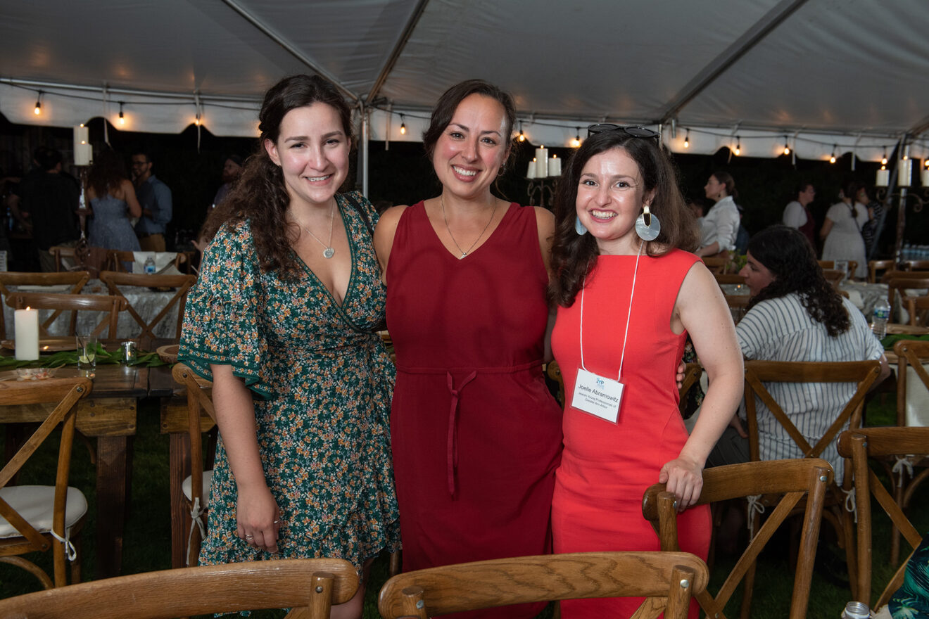 Kayla Mandel, Mallory Genauer, Joelle Abramowitz, all from Jewish Young Professionals of Ann Arbor.